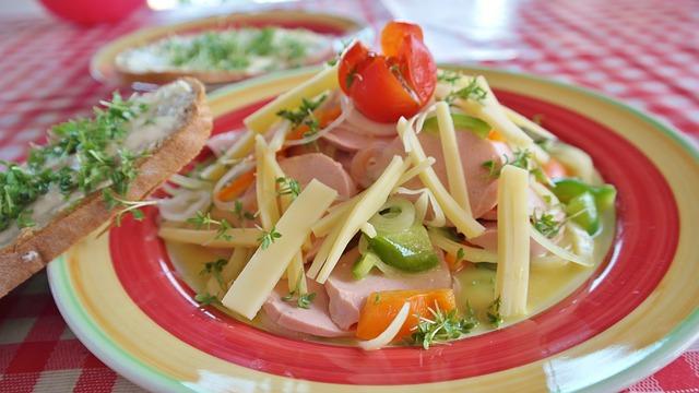 sausage salad - pixabay