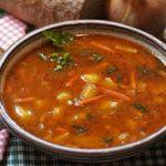 herzhafte-gulaschsuppe